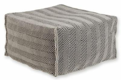 ecarpets Herringbone pouf 70x70x70